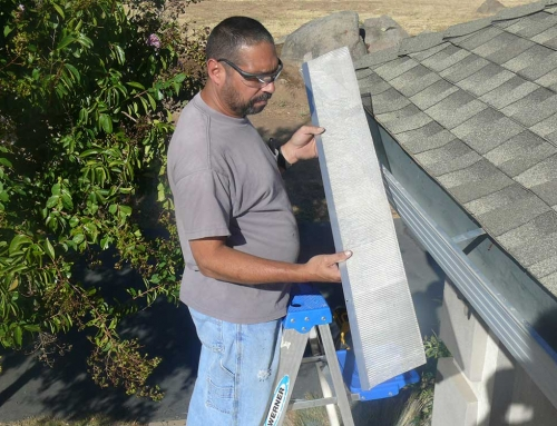 Top 6 Common Dangers When It Comes To Gutter Cleaning At Home