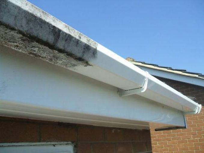 cleaning outside of gutters
